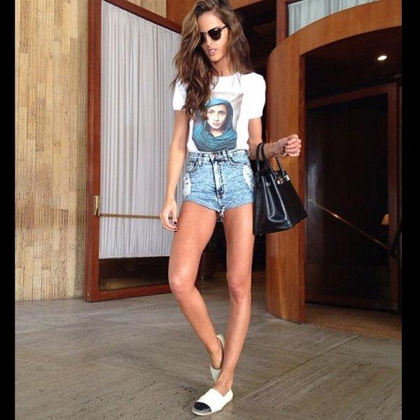 clothing, footwear, leg, hairstyle, model,