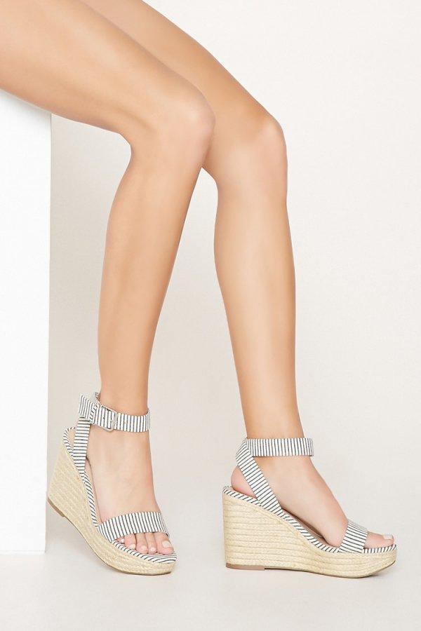 footwear, high heeled footwear, fashion accessory, shoe, leg,