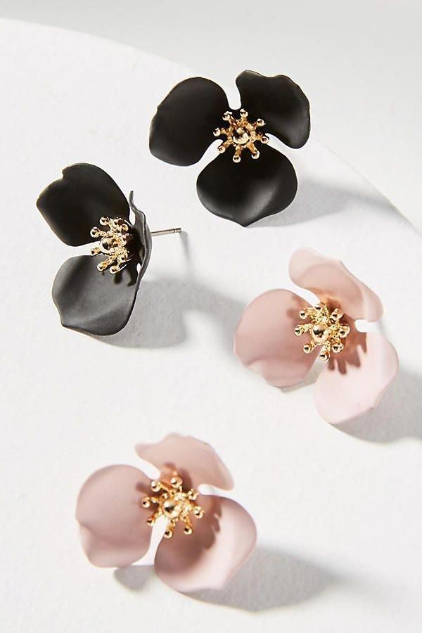 Jewellery, Earrings, Fashion accessory, Body jewelry, Ear,