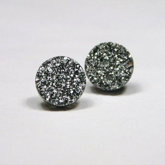 fashion accessory,jewellery,bead,art,earrings,