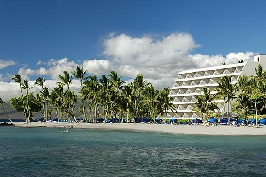 Mauna Lani Bay Hotel & Bungalows – Big Island