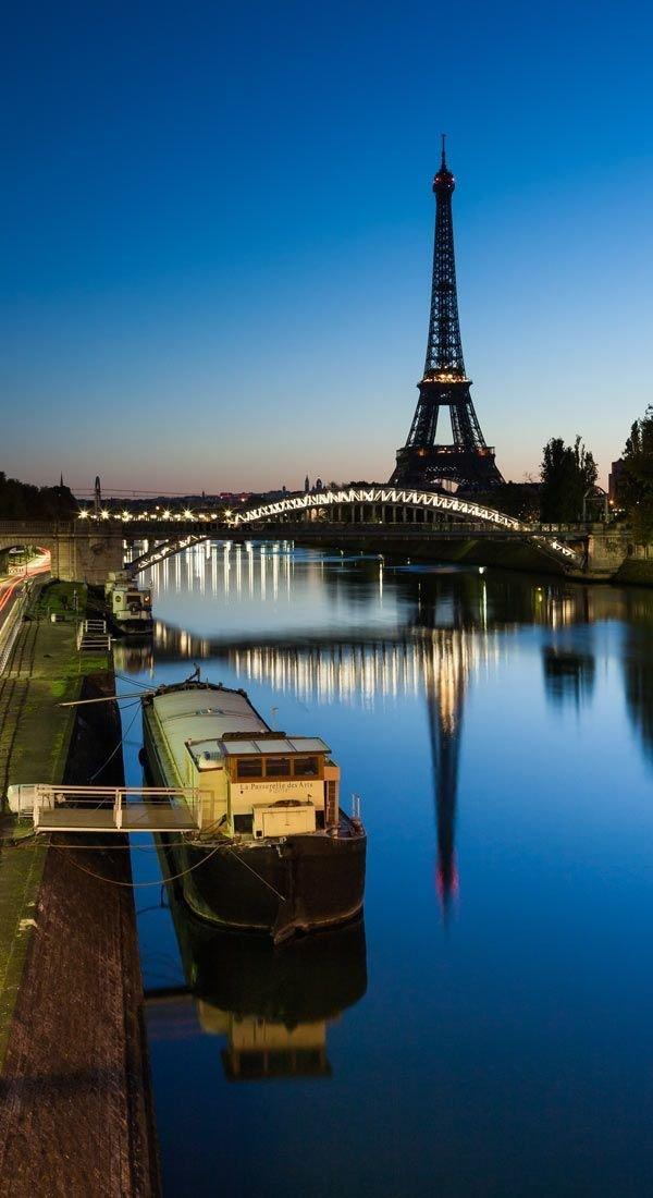 Eiffel Tower,reflection,landmark,water,river,