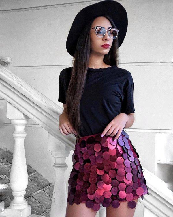 clothing, fashion model, purple, shoulder, vision care,