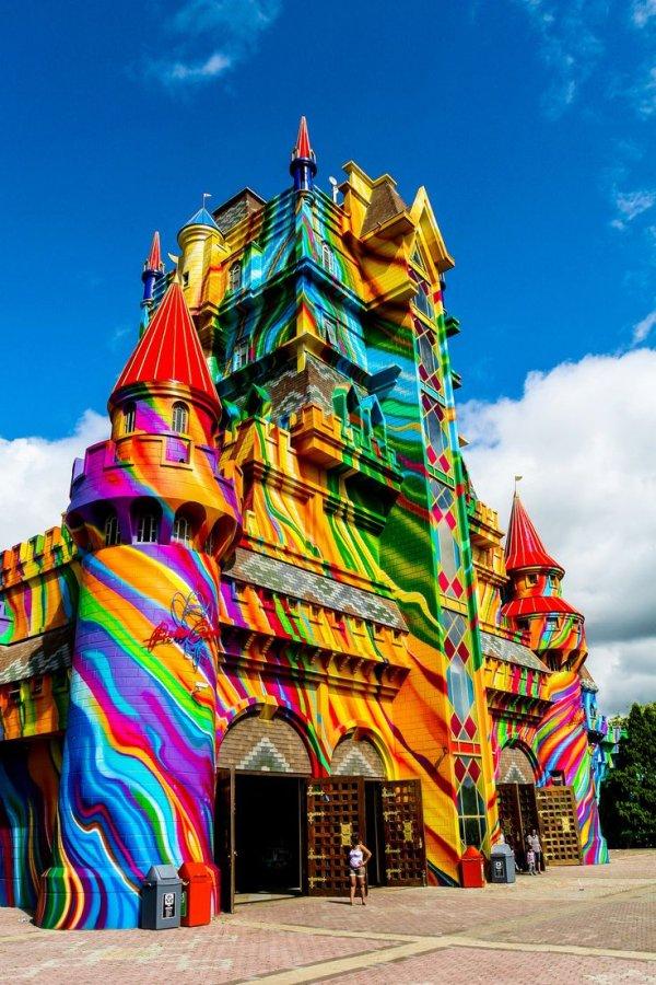 Beto Carrero World,color,landmark,temple,hindu temple,