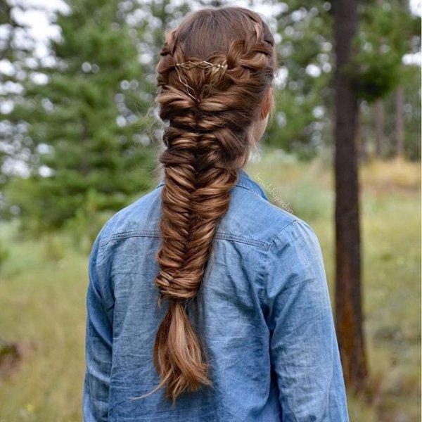 hair, hairstyle, long hair, sculpture, braid,