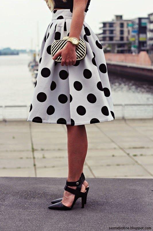 clothing,polka dot,pattern,pink,design,