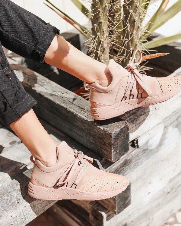 footwear, shoe, sneakers, sandal, leg,