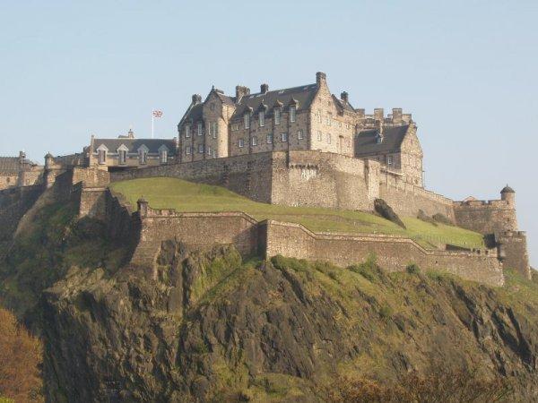 Edinburgh Castle,castle,historic site,fortification,building,
