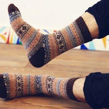 Stylish Vintage Tribal Pattern Wool Socks for Men