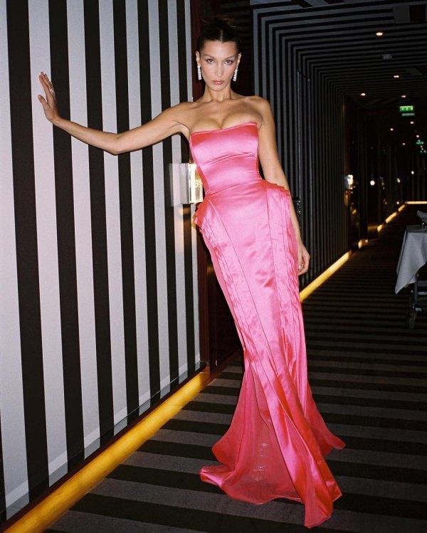 Fashion model, Dress, Clothing, Gown, Shoulder,