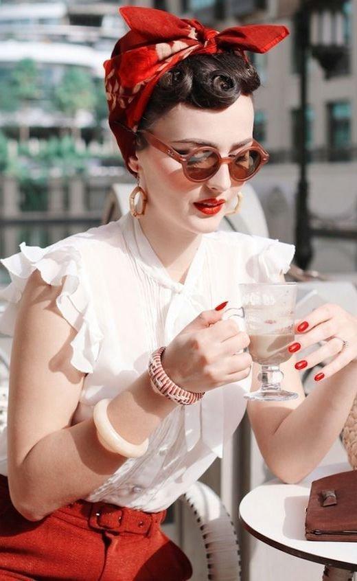 Headpiece, Glasses, Fashion accessory, Eyewear, Hair accessory,