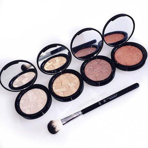 face, eye, organ, face powder, eye shadow,