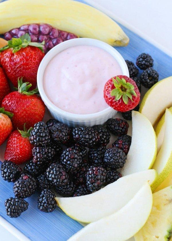 Sweet Yogurt Fruit Dip
