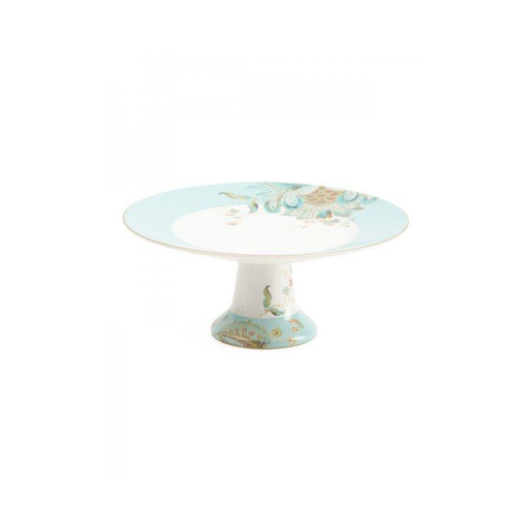 table, platter, tableware, furniture, plate,
