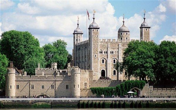 Tower of London – London, England