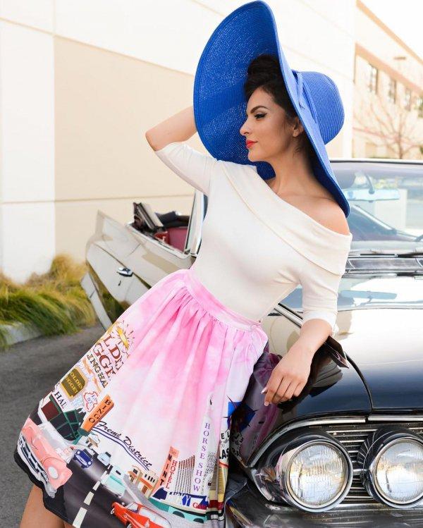clothing, fashion, handbag, abdomen, photo shoot,
