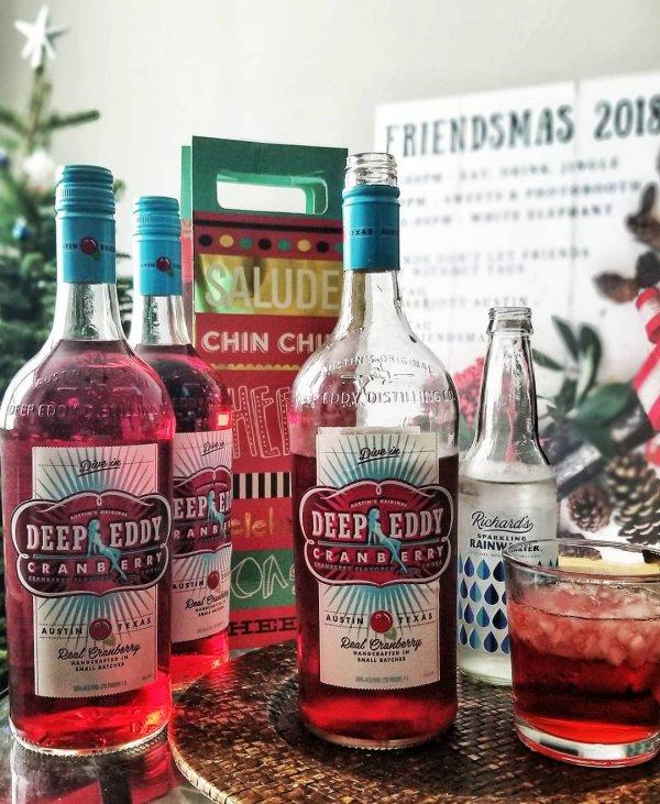 drink, liqueur, distilled beverage, alcoholic beverage, bottle,