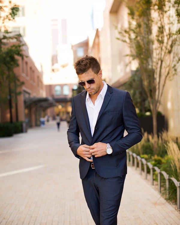 suit, clothing, formal wear, blazer, outerwear,