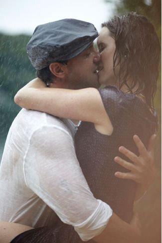 human action,person,woman,kiss,romance,