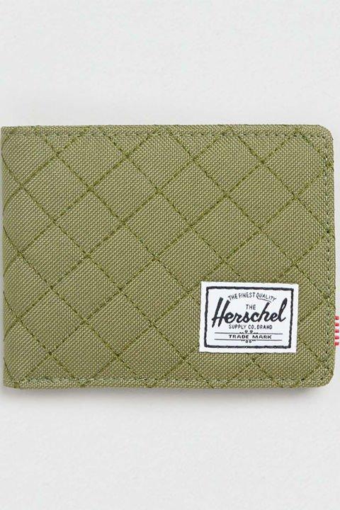 bag, wallet, handbag, fashion accessory, coin purse,