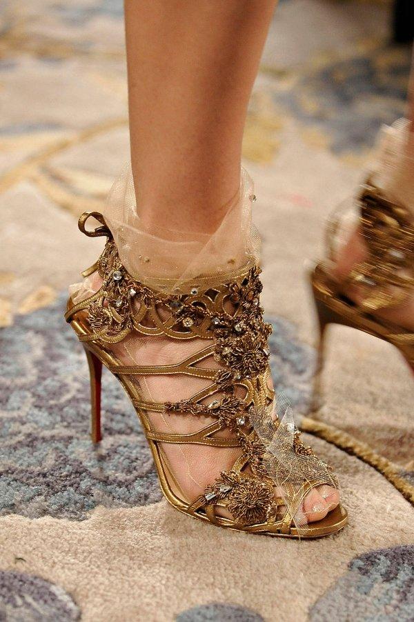 footwear,leg,high heeled footwear,beauty,spring,