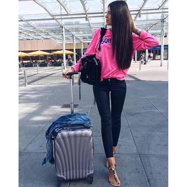 clothing, handbag, footwear, outerwear, bag,
