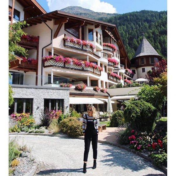 property, resort, home, cottage,