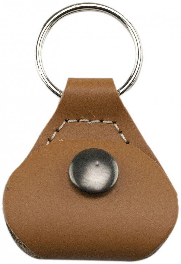 keychain, fashion accessory, brown,