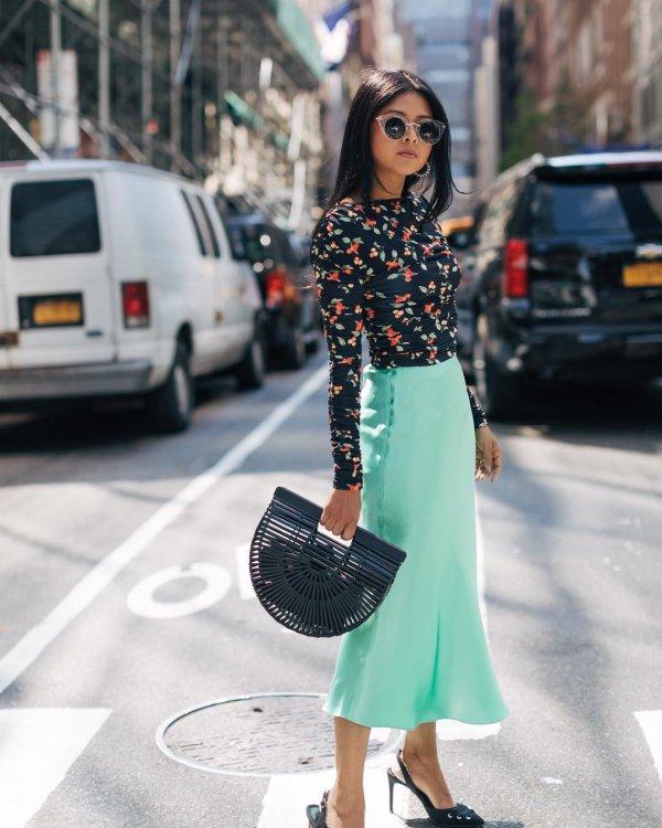 clothing, fashion model, fashion, shoe, waist,