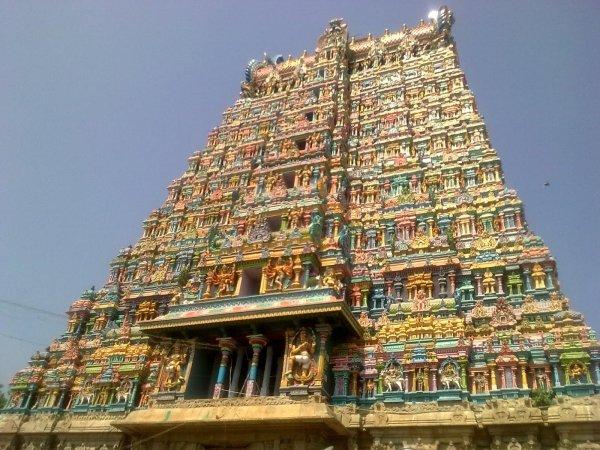 Explore the Meenakshi Temple