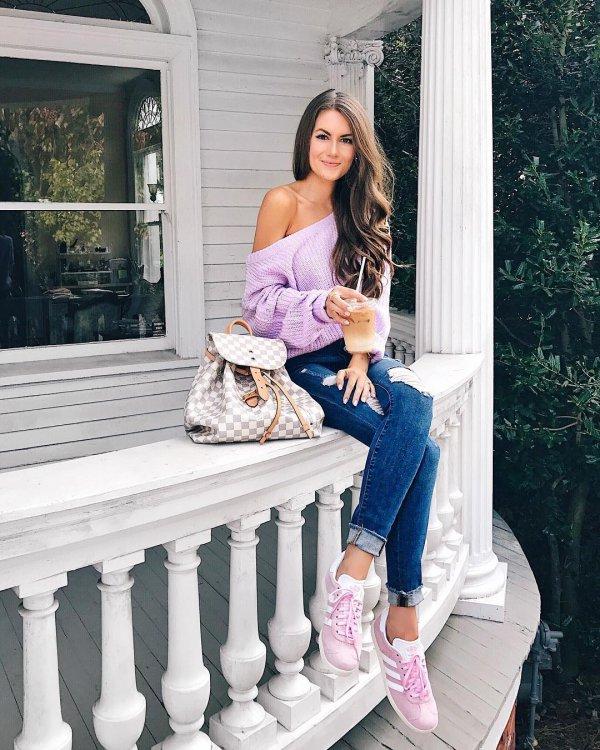 footwear, pink, shoulder, sitting, purple,