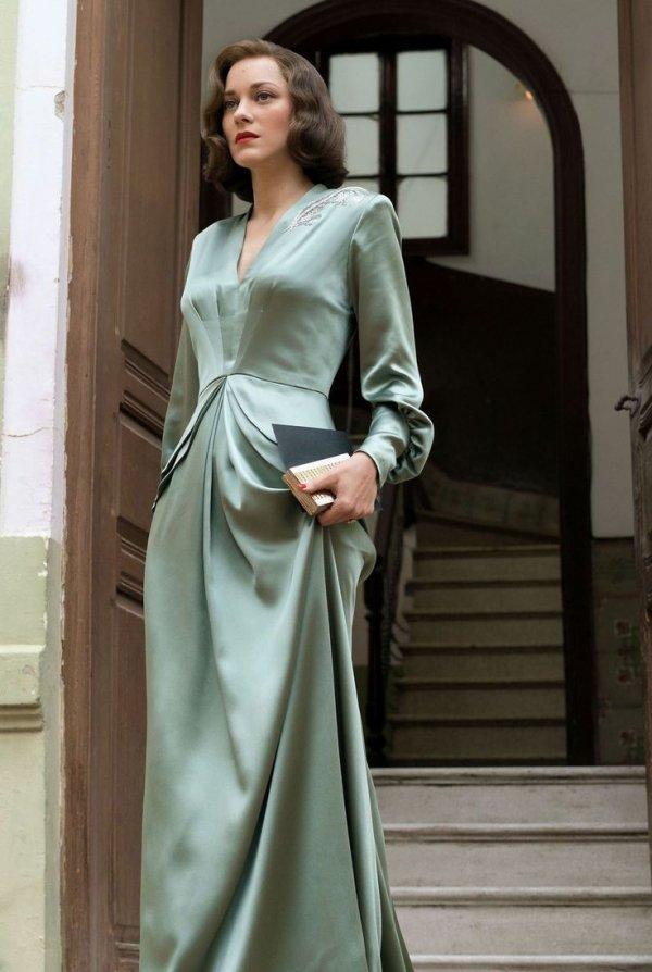 Clothing, Fashion model, Dress, Gown, Formal wear,