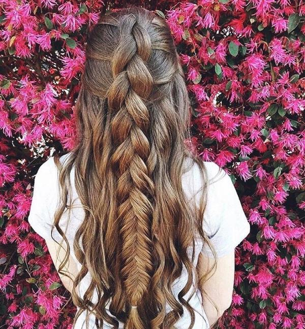 hair,hairstyle,pink,long hair,hair coloring,