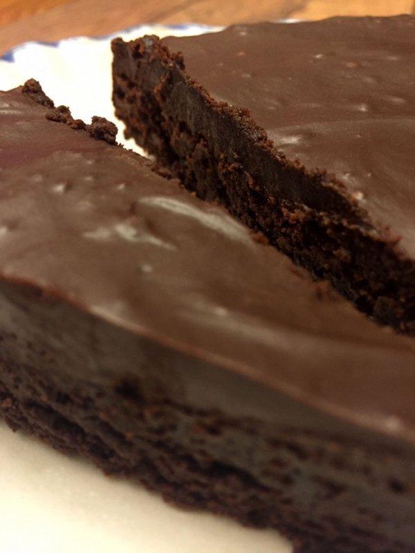 chocolate cake, chocolate brownie, flourless chocolate cake, chocolate, snack cake,