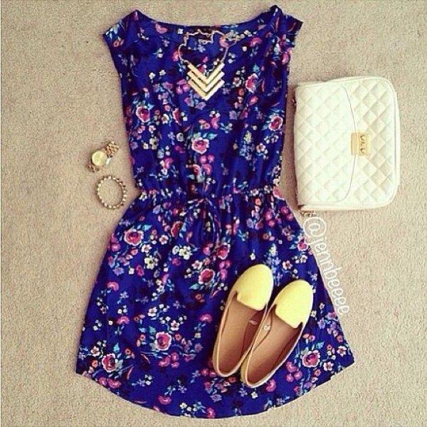 clothing,purple,dress,pattern,art,