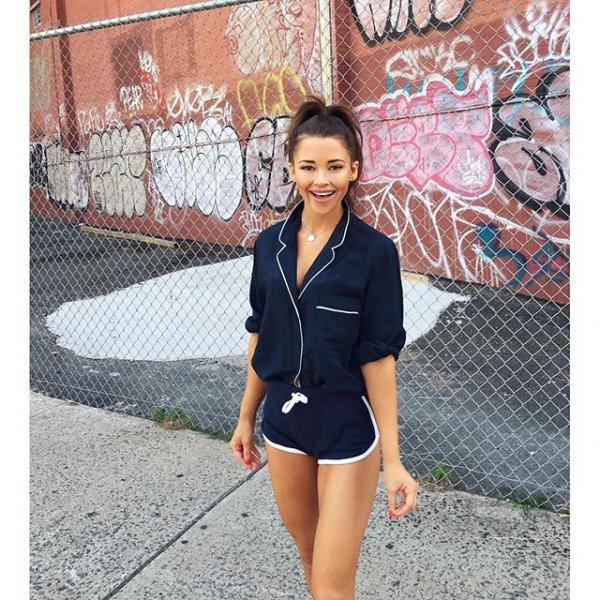 clothing, footwear, fashion, leg,