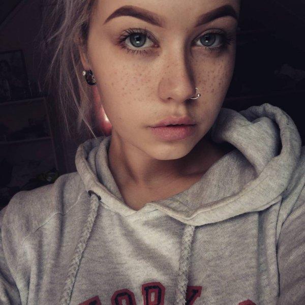 Sunniva's Fake Freckles