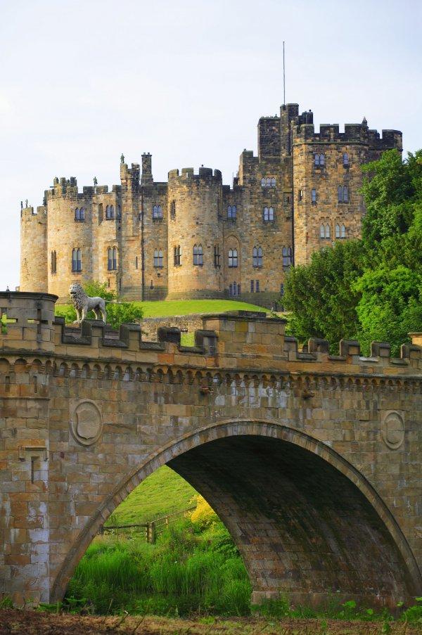 Alnwick Castle, castle, waterway, fortification, moat,