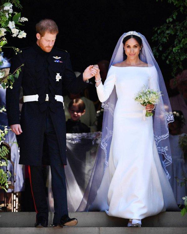 Wedding dress, Bride, Ceremony, Veil, Gown,