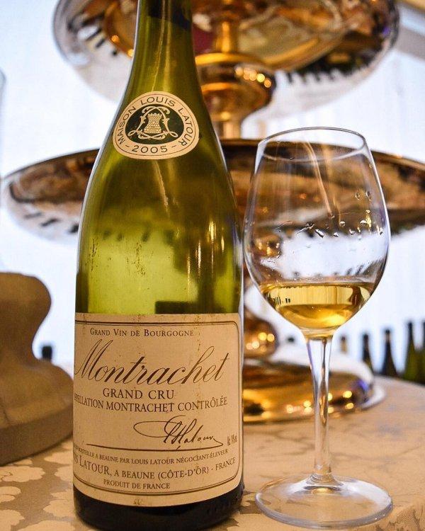 wine, drink, alcoholic beverage, champagne stemware, champagne,