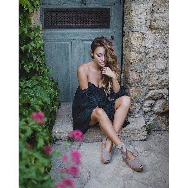 clothing, photography, human positions, leg, dress,