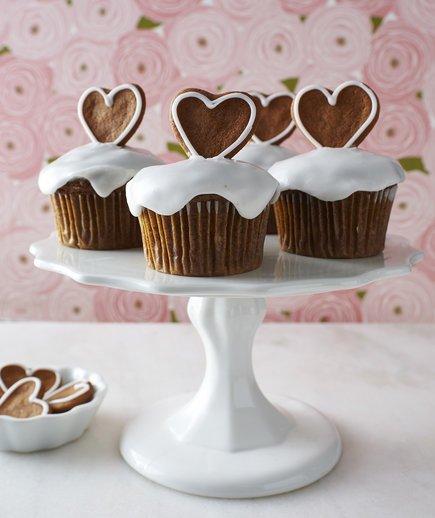 Banana Gingerbread Cupcakes