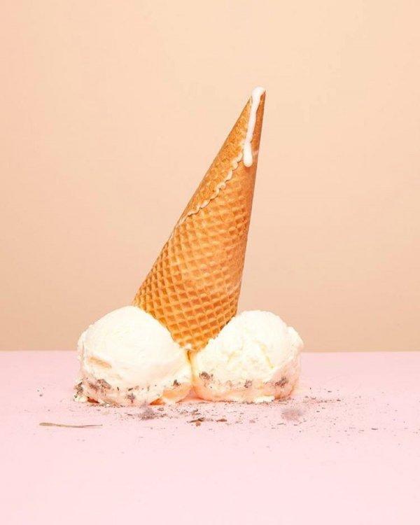 ice cream cone, sculpture, horn, dessert, natural material,