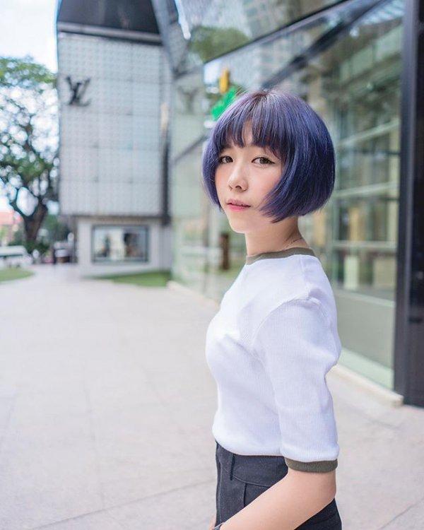 clothing, human hair color, hairstyle, wig, snapshot,