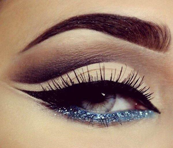 Try Glittery Eyeliner