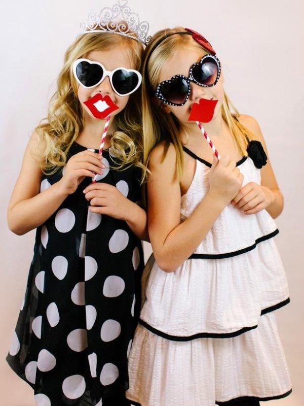 «LoveSquare»- the Valentine's-Inspired Foursquare Game