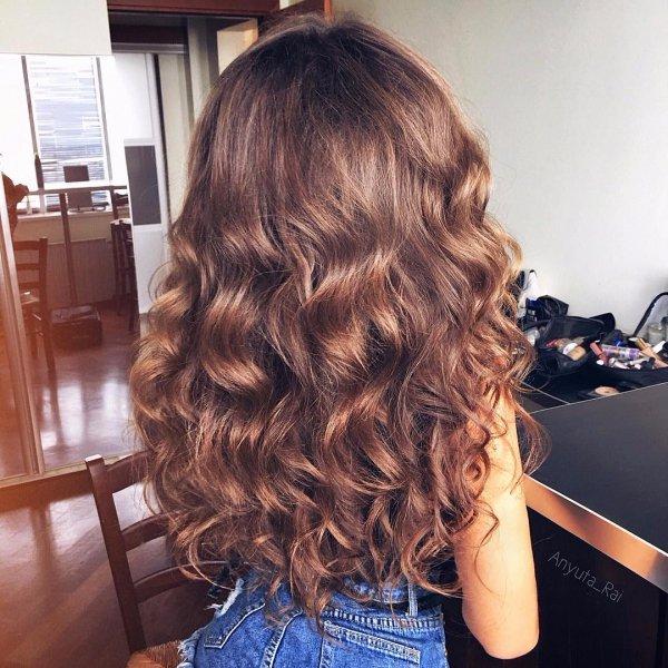 hair, clothing, hairstyle, long hair, brown hair,