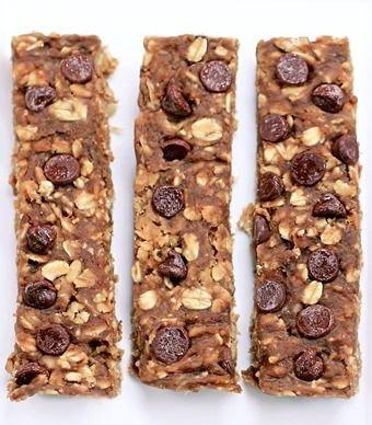 Healthy Chocolate Chip Banana Protein Bars