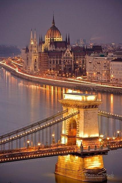 Hungarian Parliament Building,Széchenyi Chain Bridge,reflection,landmark,night,