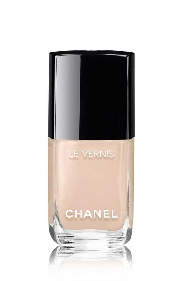 nail polish,nail care,cosmetics,perfume,hand,